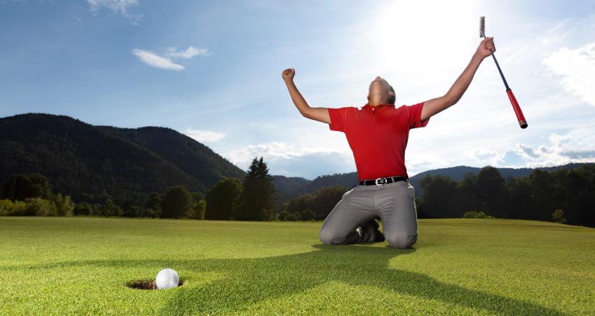 golfer celebrates